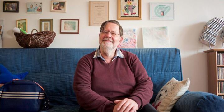 Wien, Wilhelmstrasse. Betreutes Wohnen durch die Lebenshilfe, Wohngemeinschaft. Klient Josef TOMASEK; Jg. 1955, Seit 1992 von der Lebenshilfe betreut, seit über 30 Jahren.