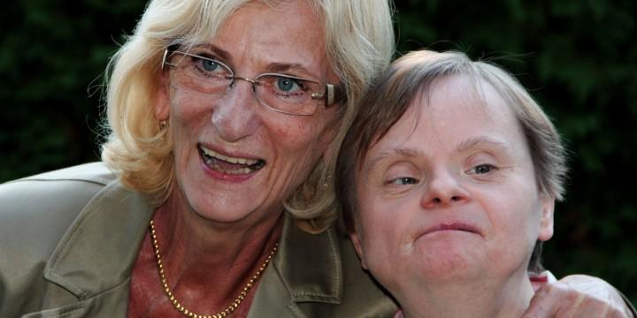 Angehörige mit Frau mit Behinderung