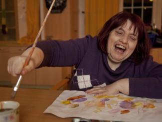 Barbara Fasching hat Spaß beim Malen