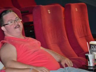 Wir genießen die Kinovorführung in vollen Zügen!