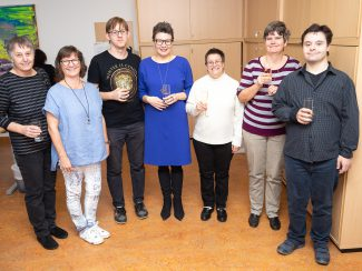 Beatrix Czipetits mit KundInnen der Lebenshilfe Wien