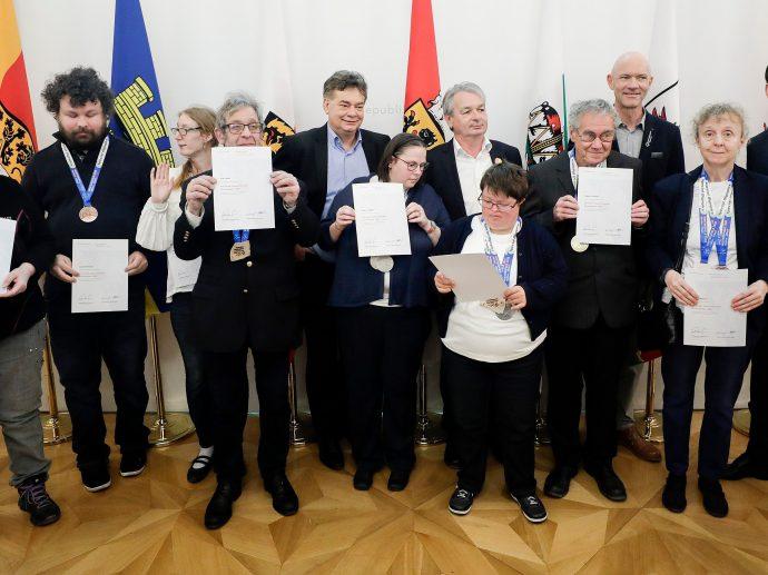 Am 9. März 2020 lud Bundeskanzler Sebastian Kurz gemeinsam mit Vizekanzler Werner Kogler zu einem Empfang für die Österreichischen Teilnehmerinnen und Teilnehmer der Special Olympics Winterspiele 2020.